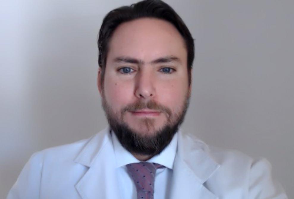 Dr. Ramiro